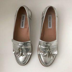 Steve Madden | Metallic Silver Loafers